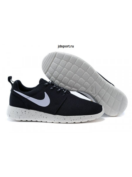 Nike Roshe Run (Black/White)