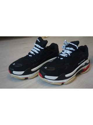 BALENCIAGA TRIPLE S Black/Grey/Red унисекс