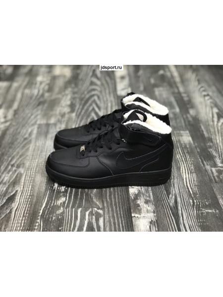 Nike Air Force 1 Mid (Black)