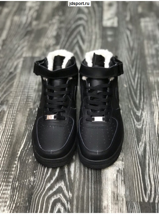 Nike Air Force 1 Mid (Black)