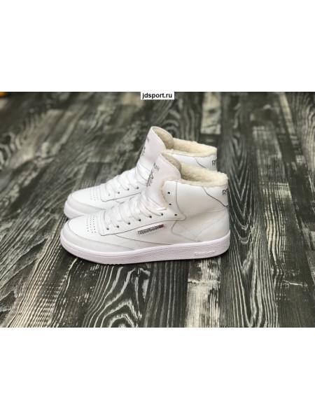 Зимние кроссовки Reebok  белые с мехом